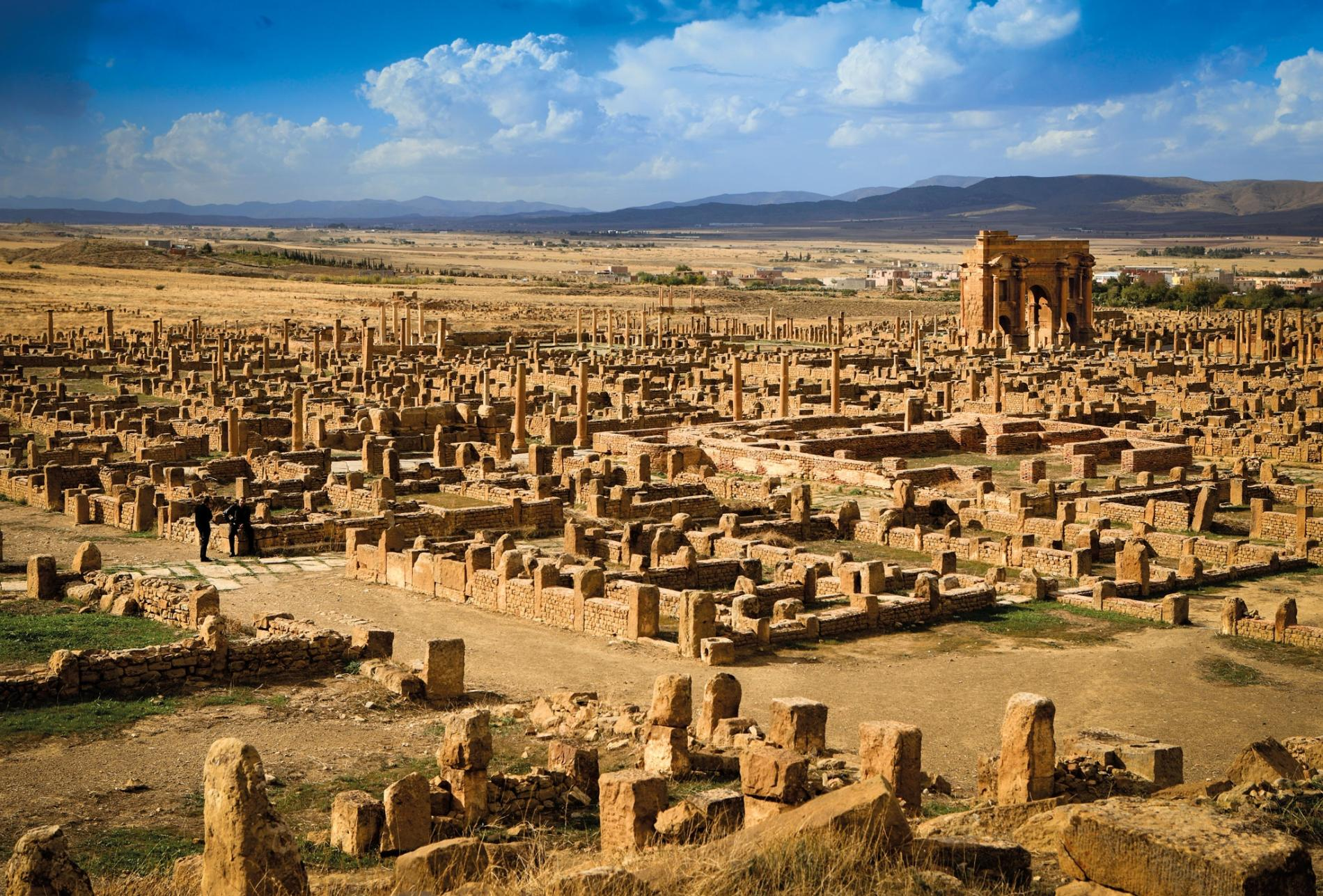 Archaeologists uncovered entire roman city without digging