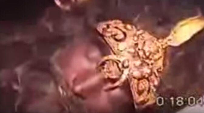 12000 Years Old Body Of A Anunnaki King Found Completely Intact?