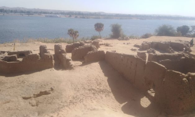 Egypt Today reports that researchers from Egypt's Supreme Council of Antiquities have discovered traces of a temple dated to the Ptolemaic dynasty, a Roman fort, and part of a Coptic-period Christian church at the Shiha Fort site in southern Egypt.