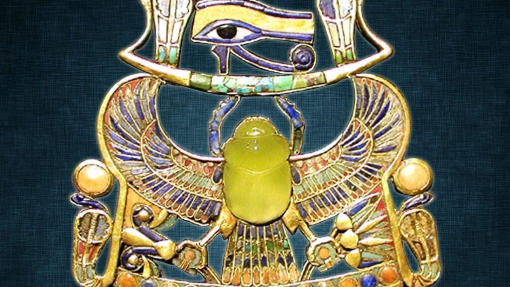 This Yellow Egyptian Glass Was Forged by a Meteorite Impact 29 Million Years Ago