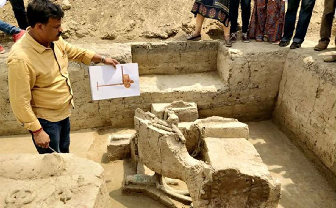 Archaeologists unearth 4,000-year-old chariots in India