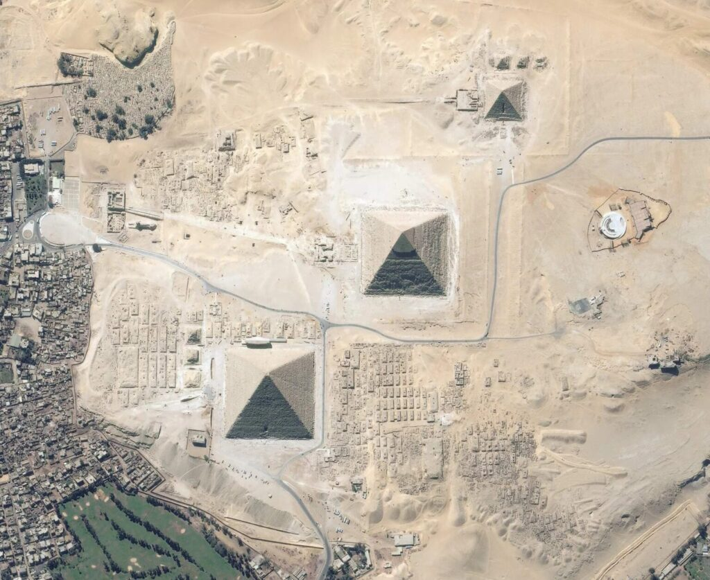 Mysterious Giant Objects Discovered Near The Egyptian Pyramids On The Giza Plateau