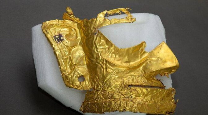 Archaeologists Uncover 3,000-Year-Old Gold Mask In China Belonging To A Mysterious Ancient Society