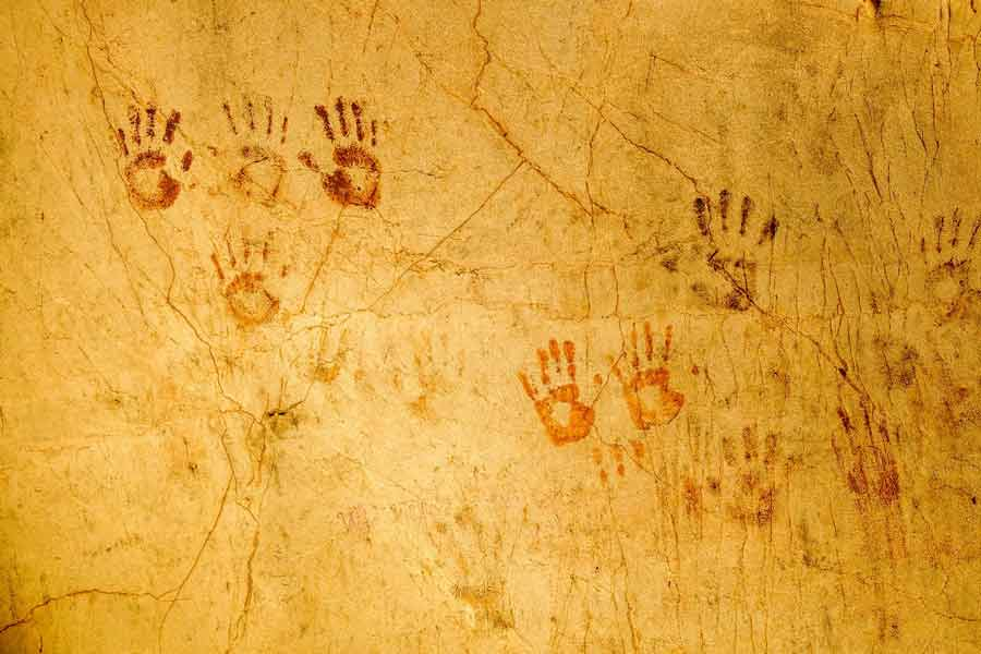 137 children's handprints discovered in Yucatán cave