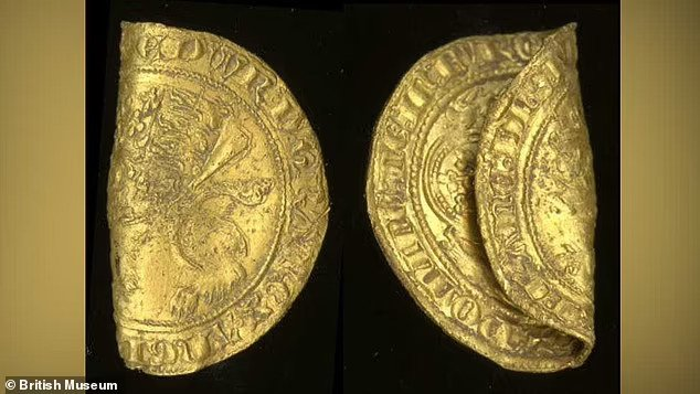 Medieval Gold Coins Unearthed in Eastern England