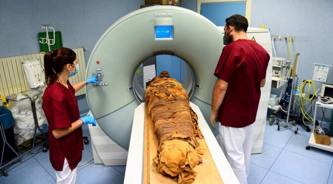 Italian hospital uses CT scan to unveil secrets of an Egyptian mummy
