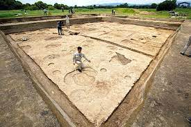 Eighth-Century Imperial Structure Uncovered in Japan