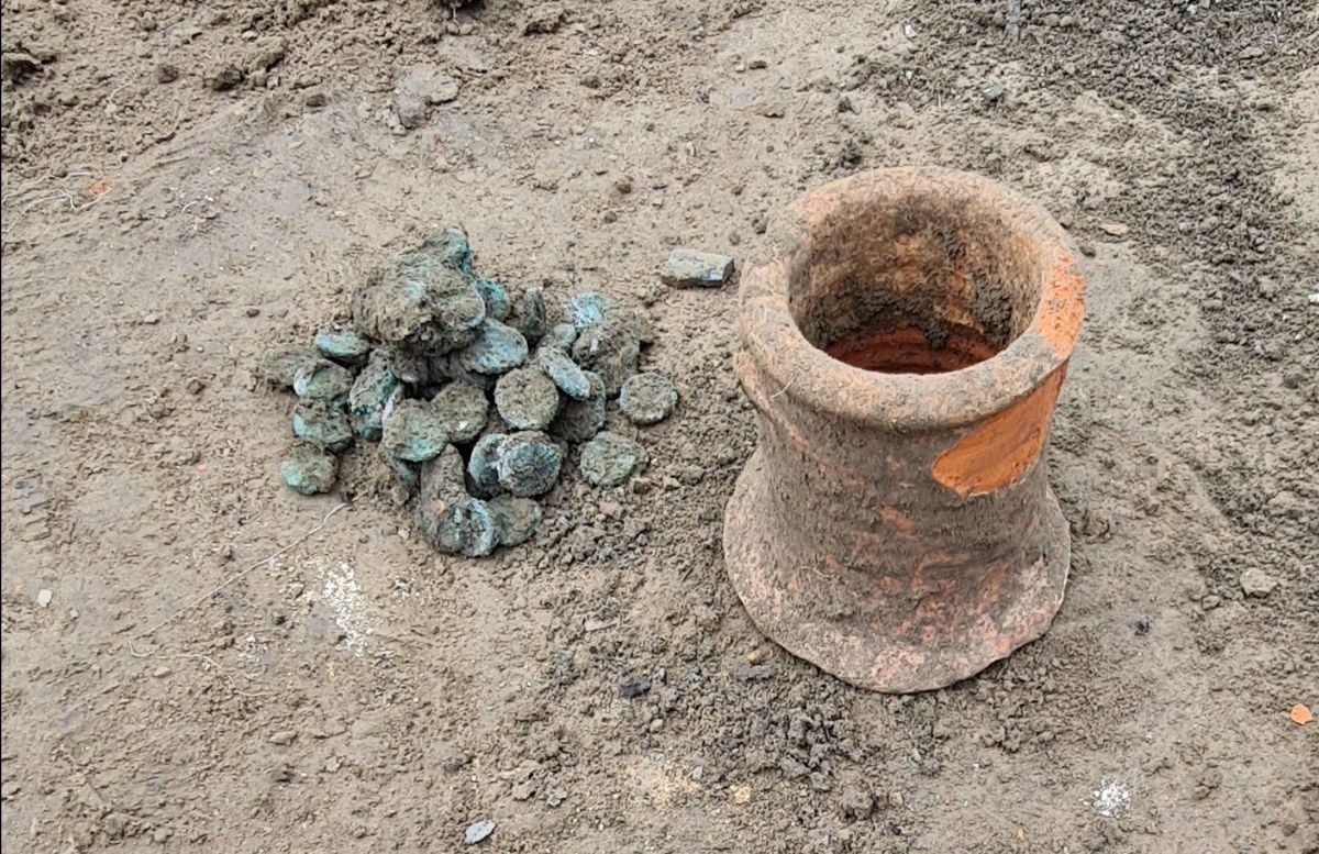 Archaeologists discover a 6th-century coin hoard in ancient Phanagoria