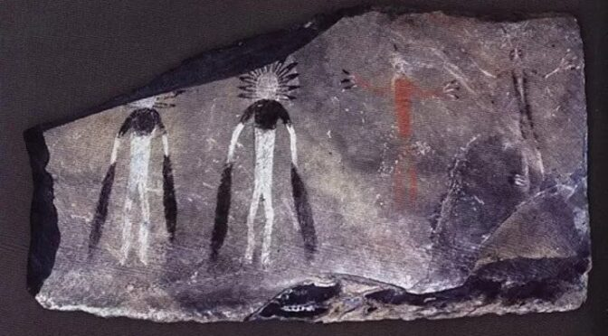 """5,000-Year-Old Rock Art Depicting """"Celestial Bodies"""" Revealed in Siberia"""