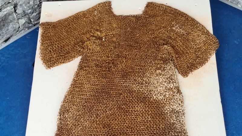 'Extraordinary' 800-year-old chain mail found in Co Longford