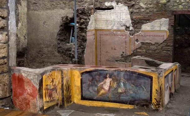 Pompeii's 2,000-Year-Old Fast Food Outlet Is Now Open To Visitors