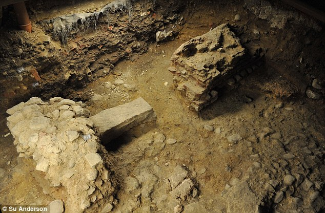 Britain's Giant Roman Arcade Discovered Under A Block Of Flats in Essex