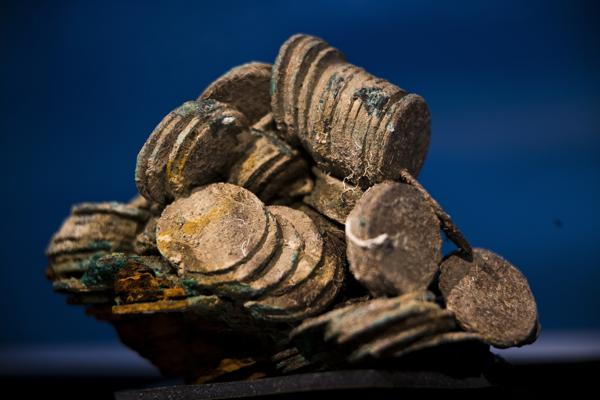 Spanish court throws out lawsuit against US treasure hunters