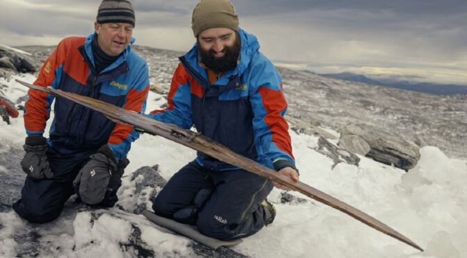 Archaeologists Extract 1,300-Year-Old Wooden Ski From Norwegian Ice