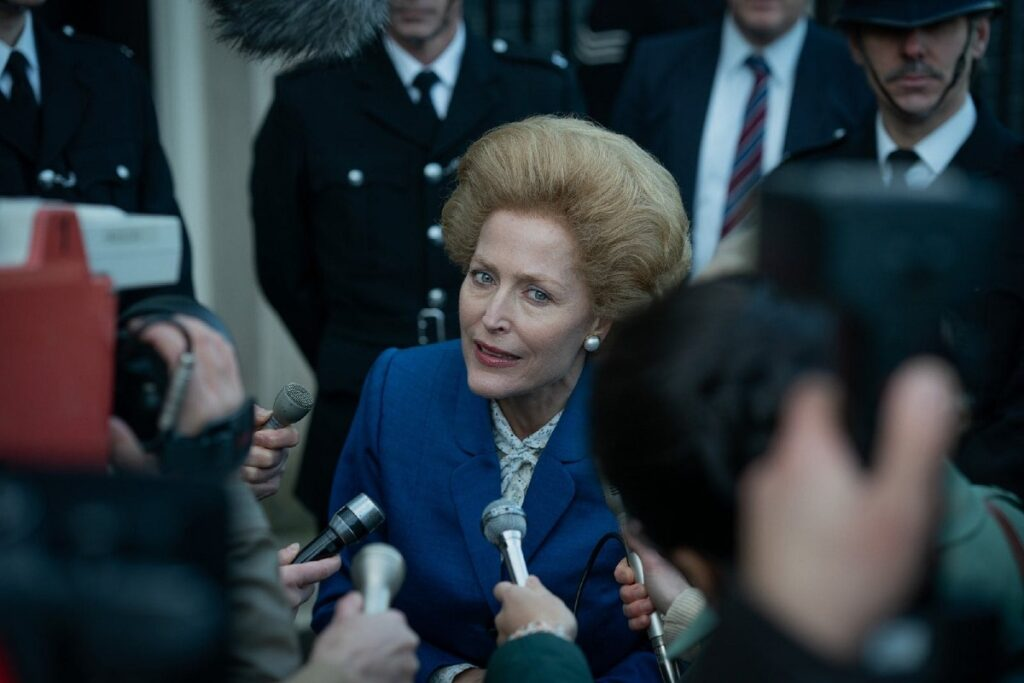 the crown thatcher gillian anderson