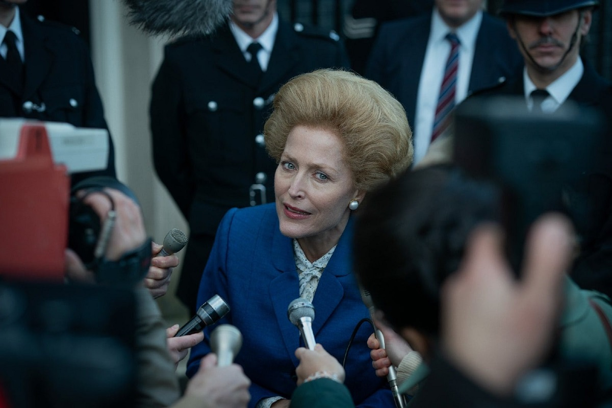 the crown thatcher gillian anderson sag awards 2021