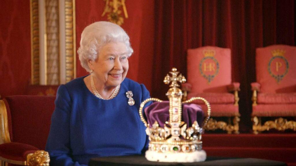Elisabetta II, una vita che sembra una fiaba 2