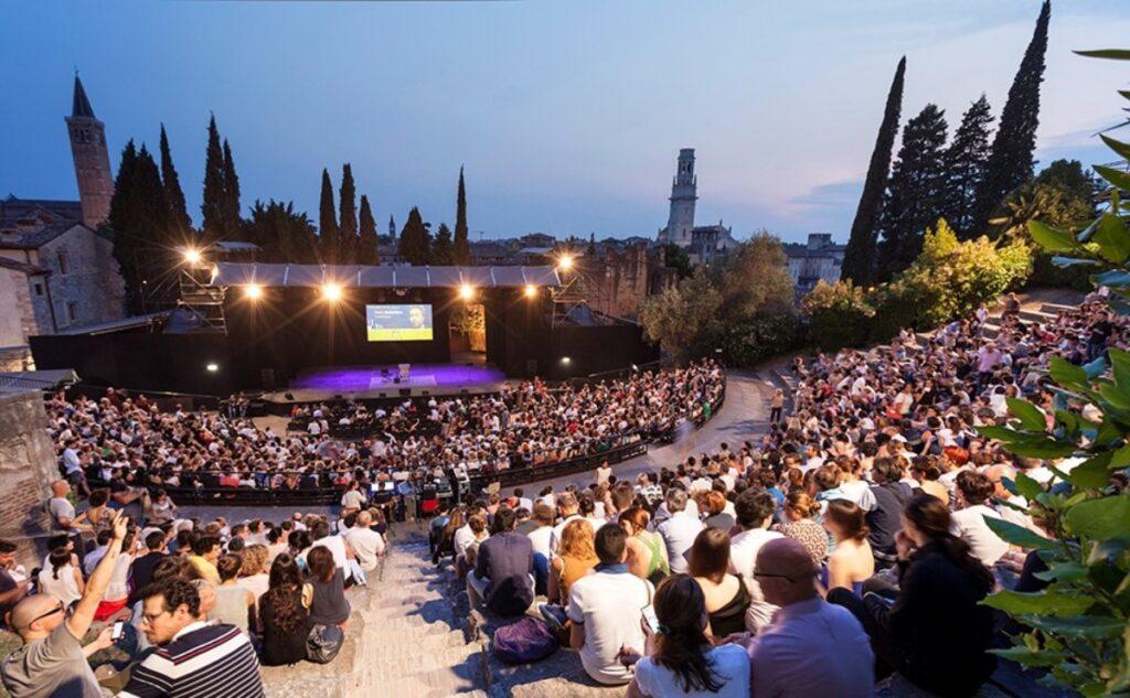Festival della Bellezza 2021, Apre il 21 luglio Toni Servillo al Teatro Romano di Verona