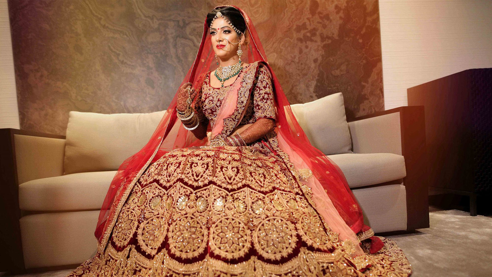 A Bride needs to know about beauty and fashion