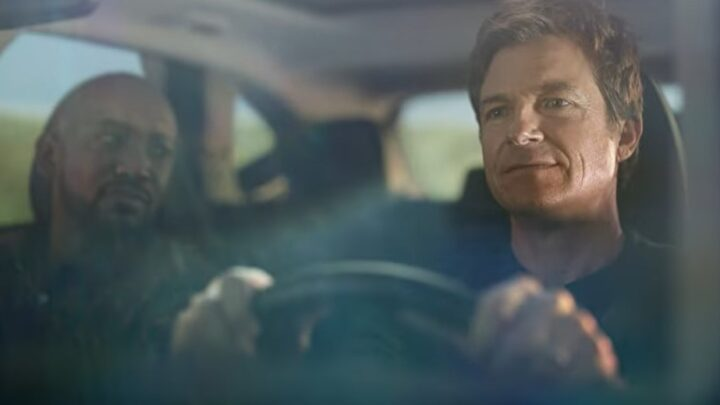 Which celebrities are in the Hyundai Tucson TV commercial?