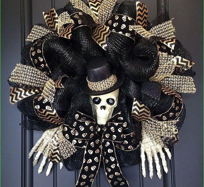 Awesome Halloween Wreath Ideas