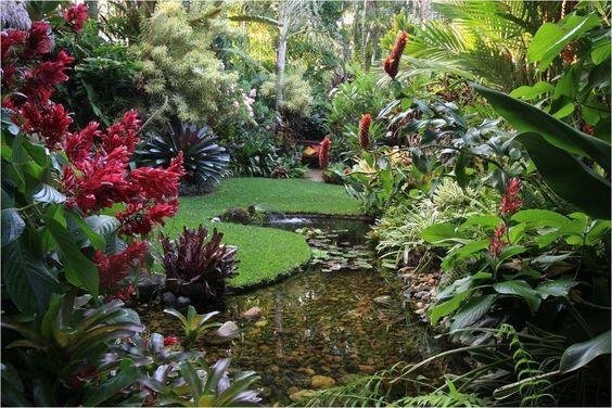 Amazing Tropical Garden Landscaping Ideas