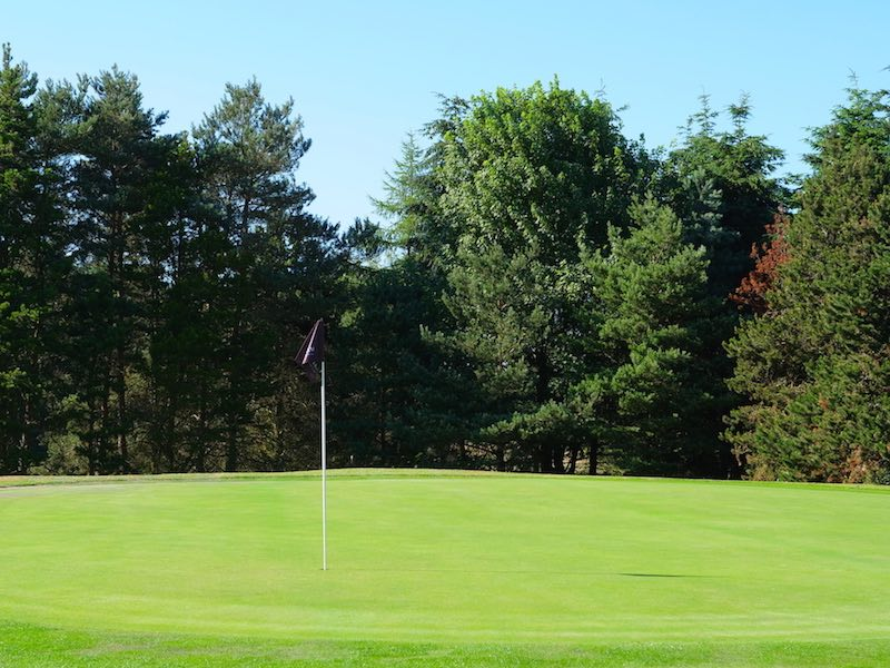 9 Hole Short Golf Course In Watford Hertfordshire