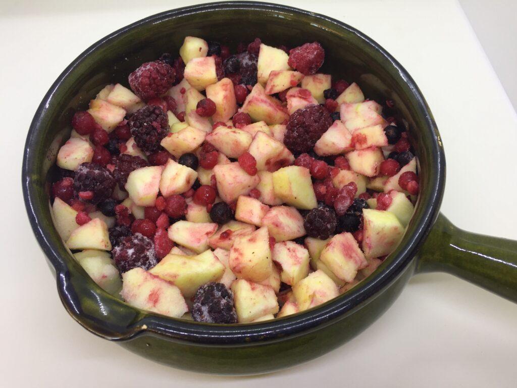 Apples, berries and sugar