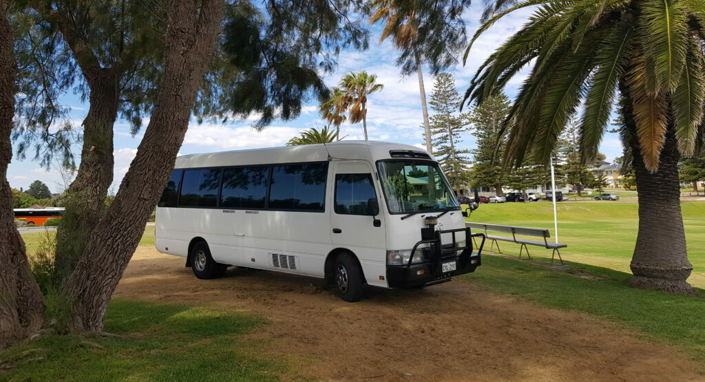 bus hire Perth | Bus charters perth | mini bus hire Perth
