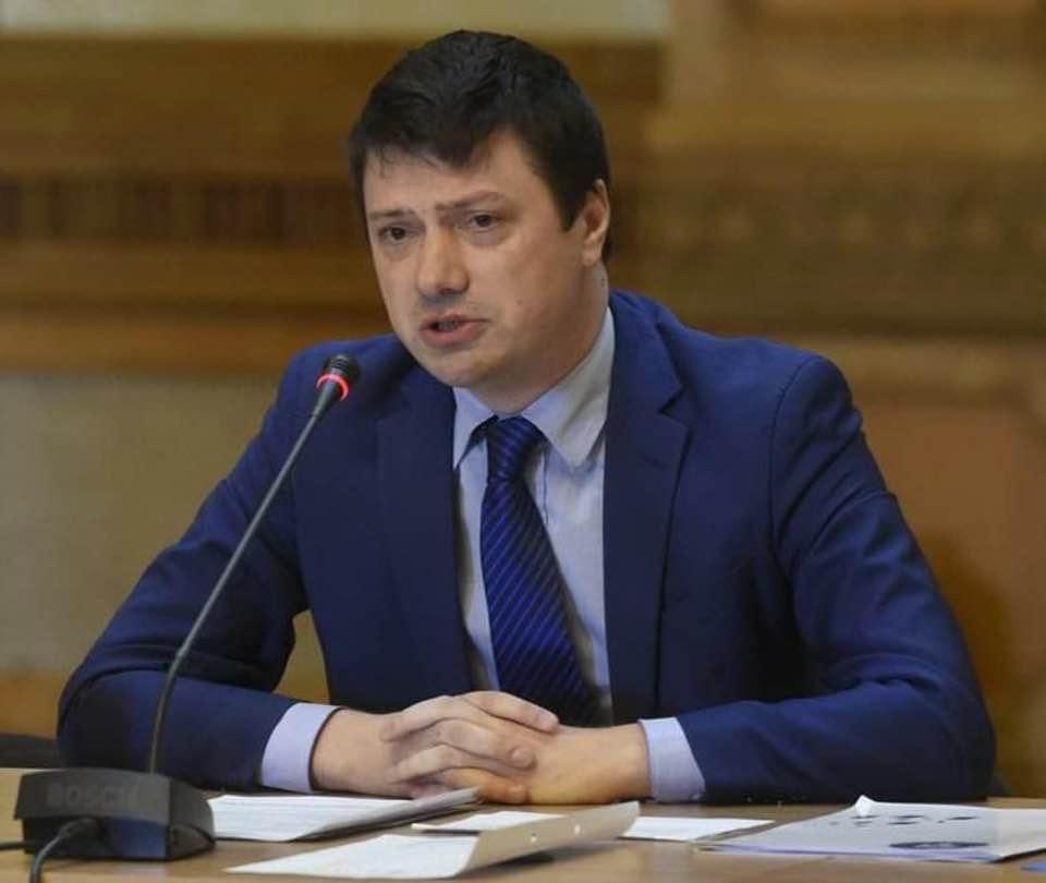 """IOAN VULPESCU, deputat PSD: """"…la noi politica se face cu dicționarul, cultura cu tăcere și educația cu indiferență."""""""