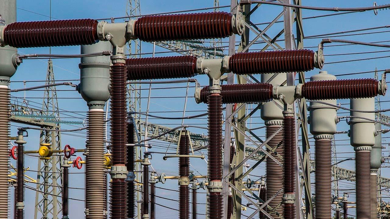 Curso de Elaboración de Proyectos de Media Tensión   3iE Instituto Iberoamericano de Ingenieros de la Energía