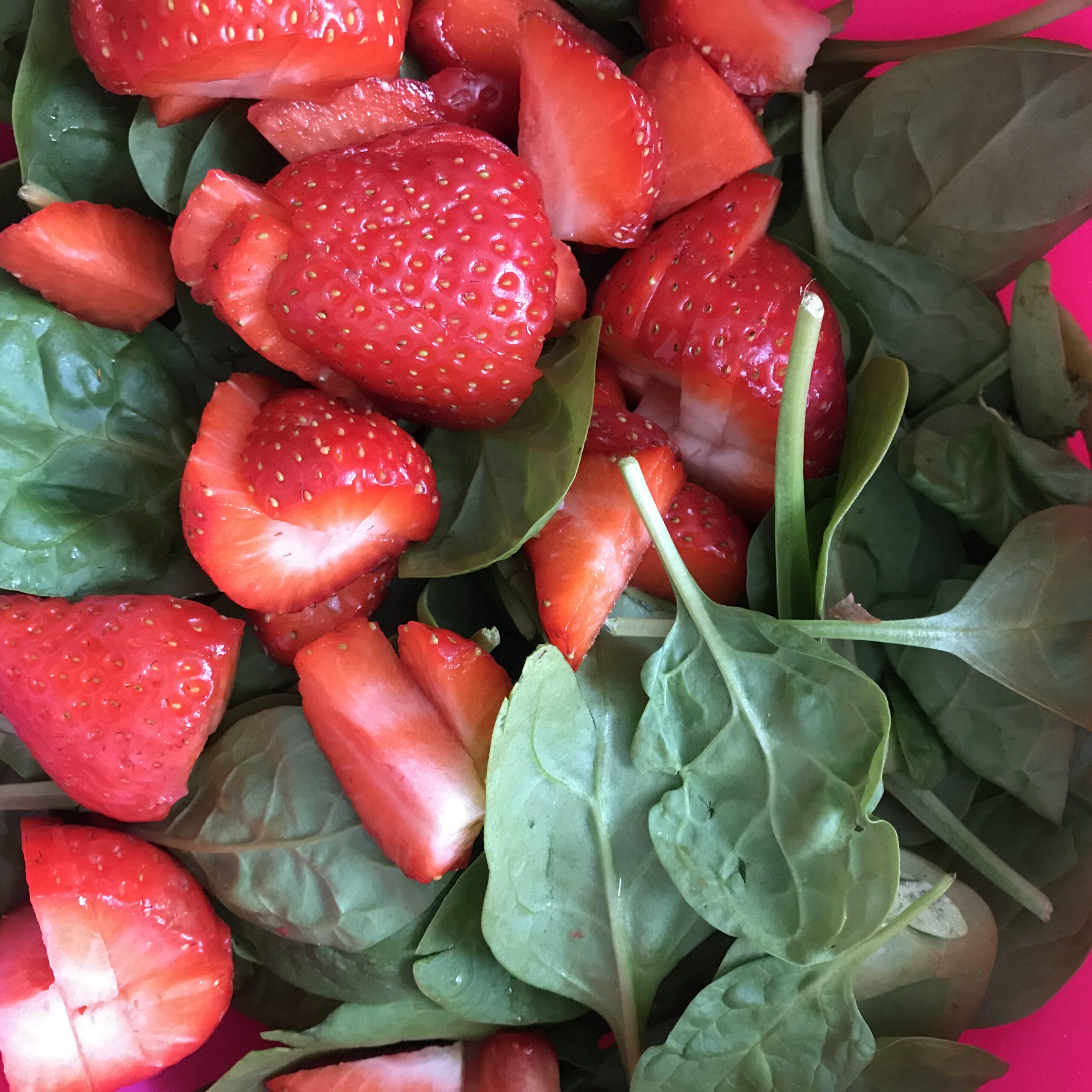 Erdbeeren und Spinat