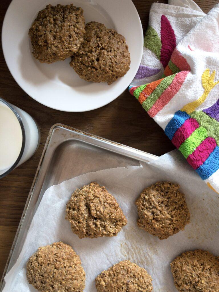 Dinkel Kekse angerichtet