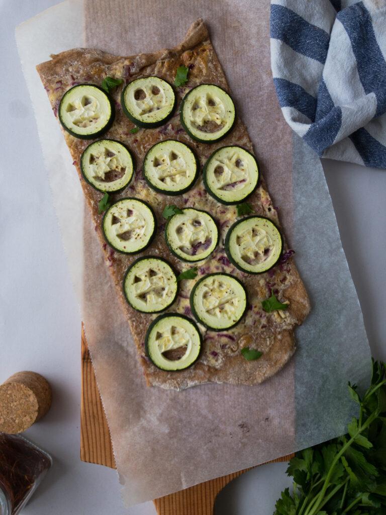 Flammkuchen mit Zucchini