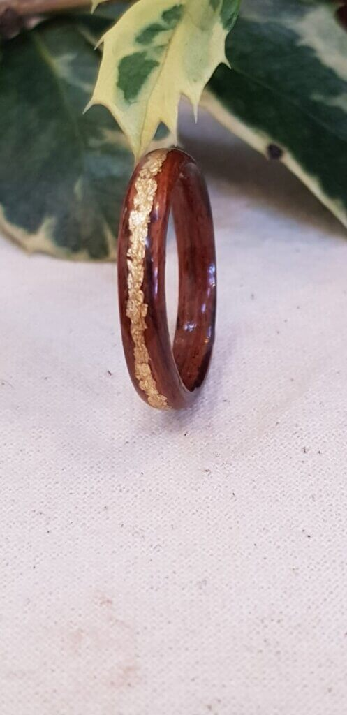 Kingswood ring with gold leaf