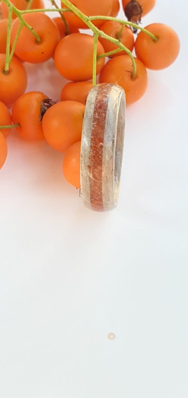 Silvered Pippy Maple ring with coral