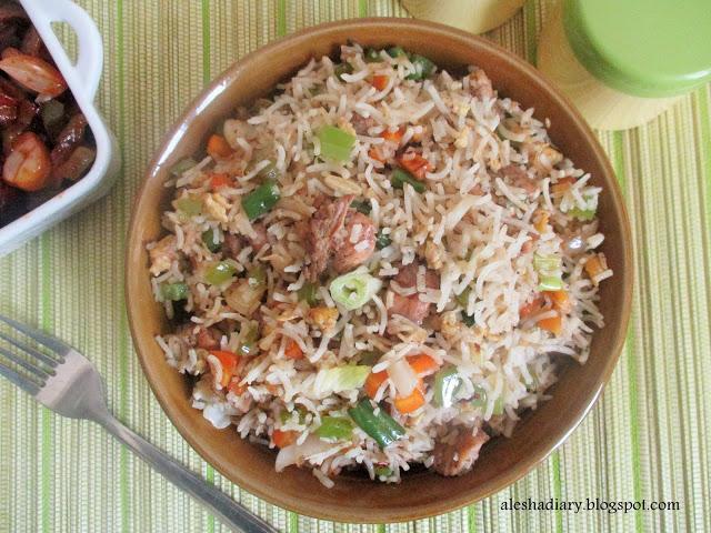 Chicken Fried Rice – சிக்கன் பிரைட் ரைஸ்