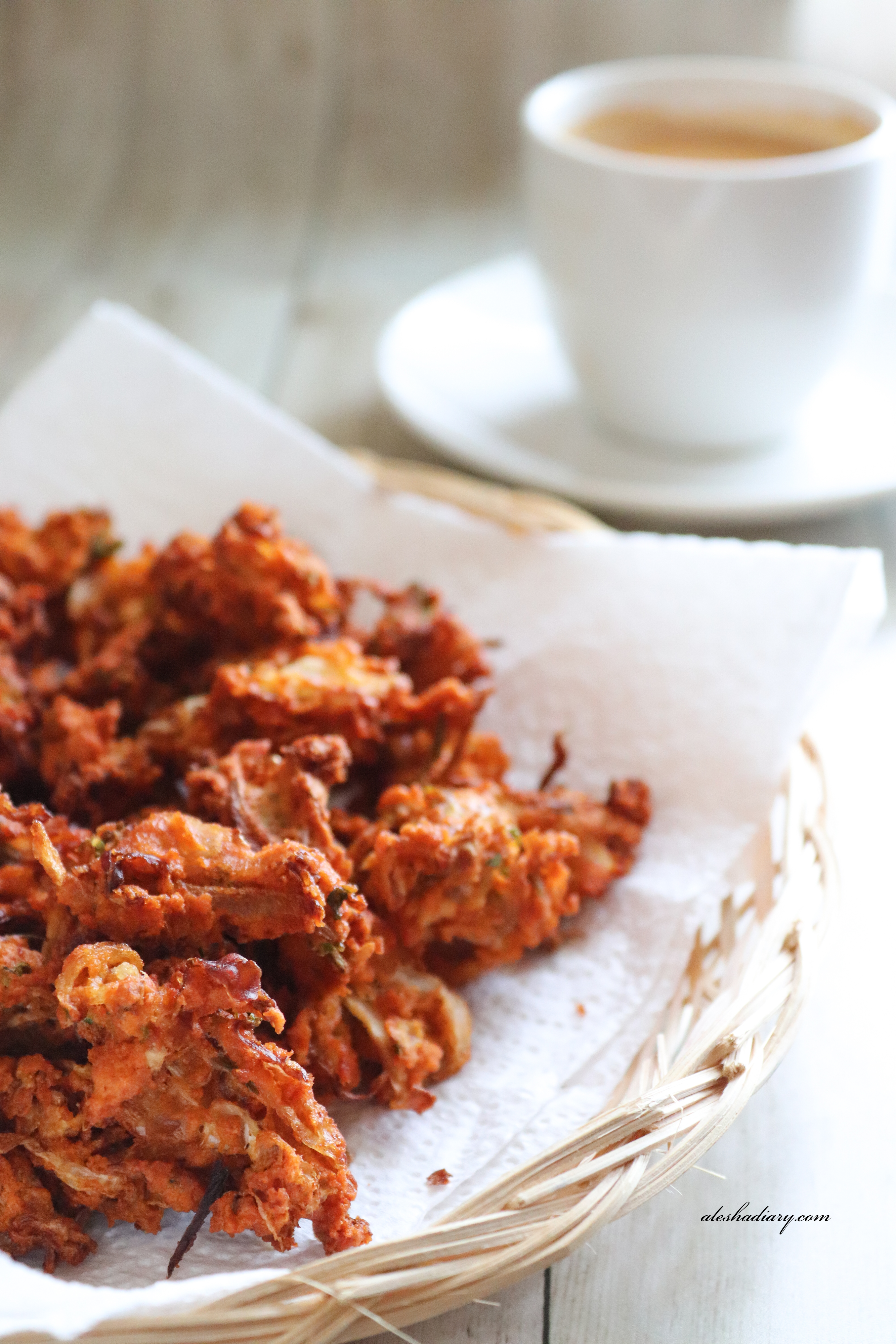 Cabbage Pakora – Muttakose Pakoda – My Tea time snacks