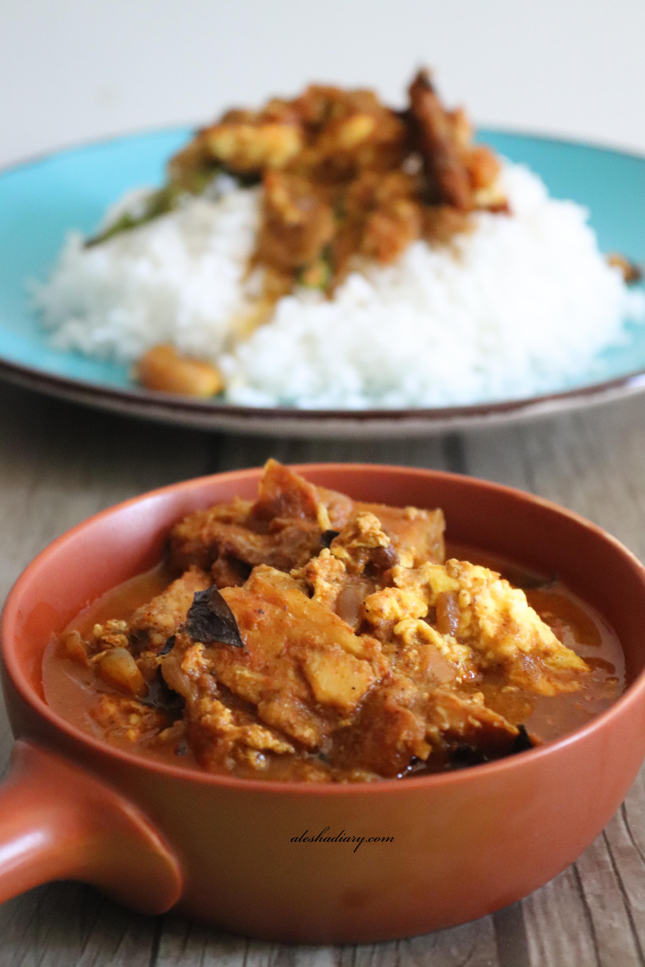 Dry fish with poached egg curry-Karuvadu muttai kuzhambu