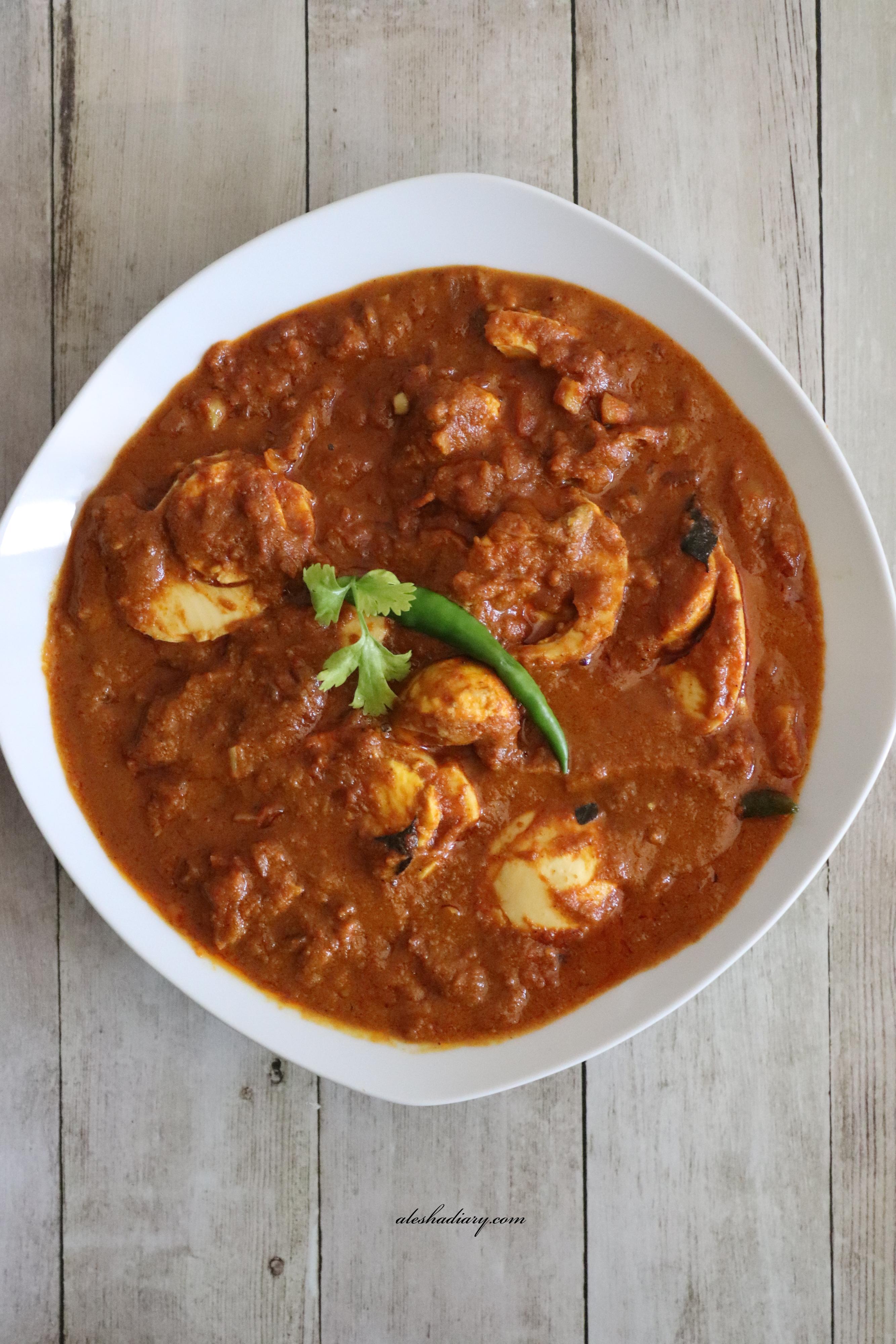 Varthuaracha Mutta curry – Kerala style egg curry