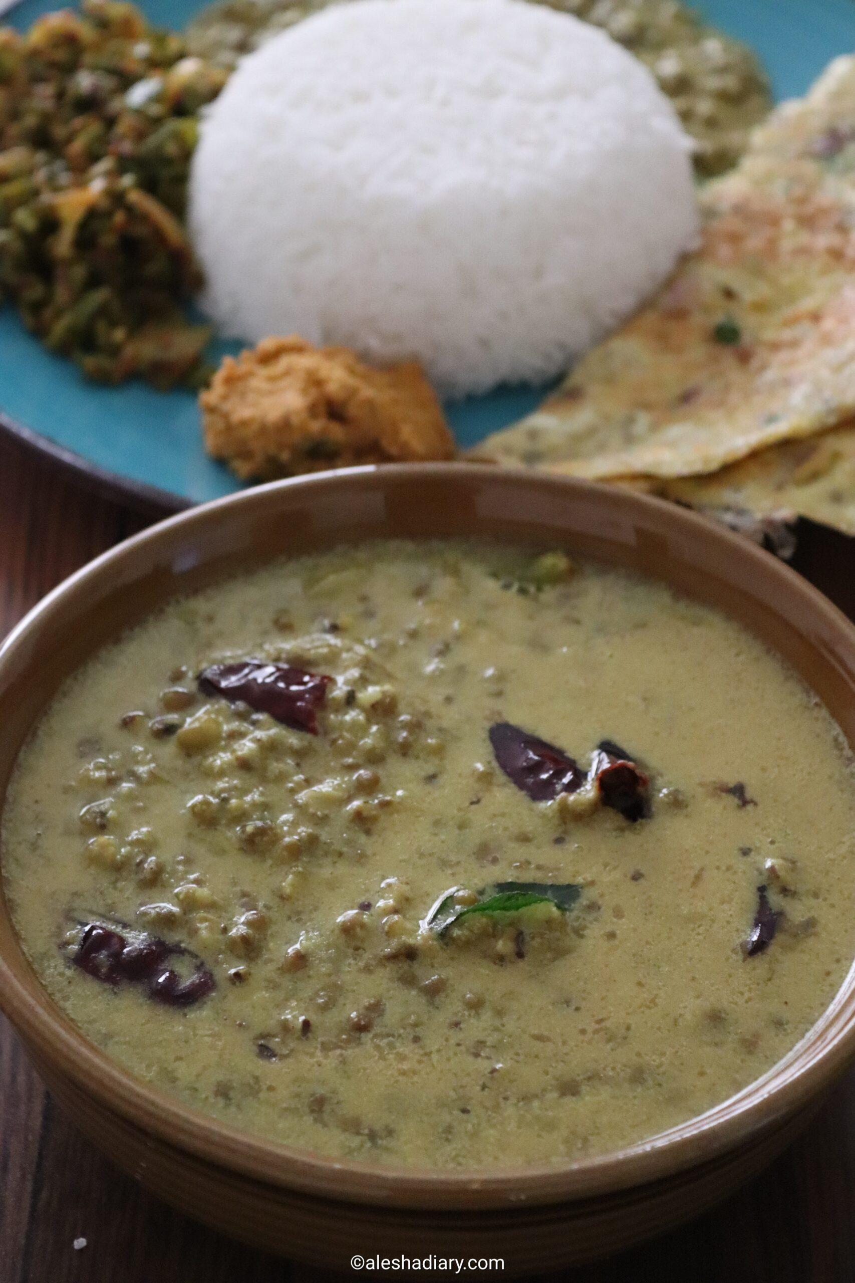 Pacha payaru Kuzhambu – Green gram curry
