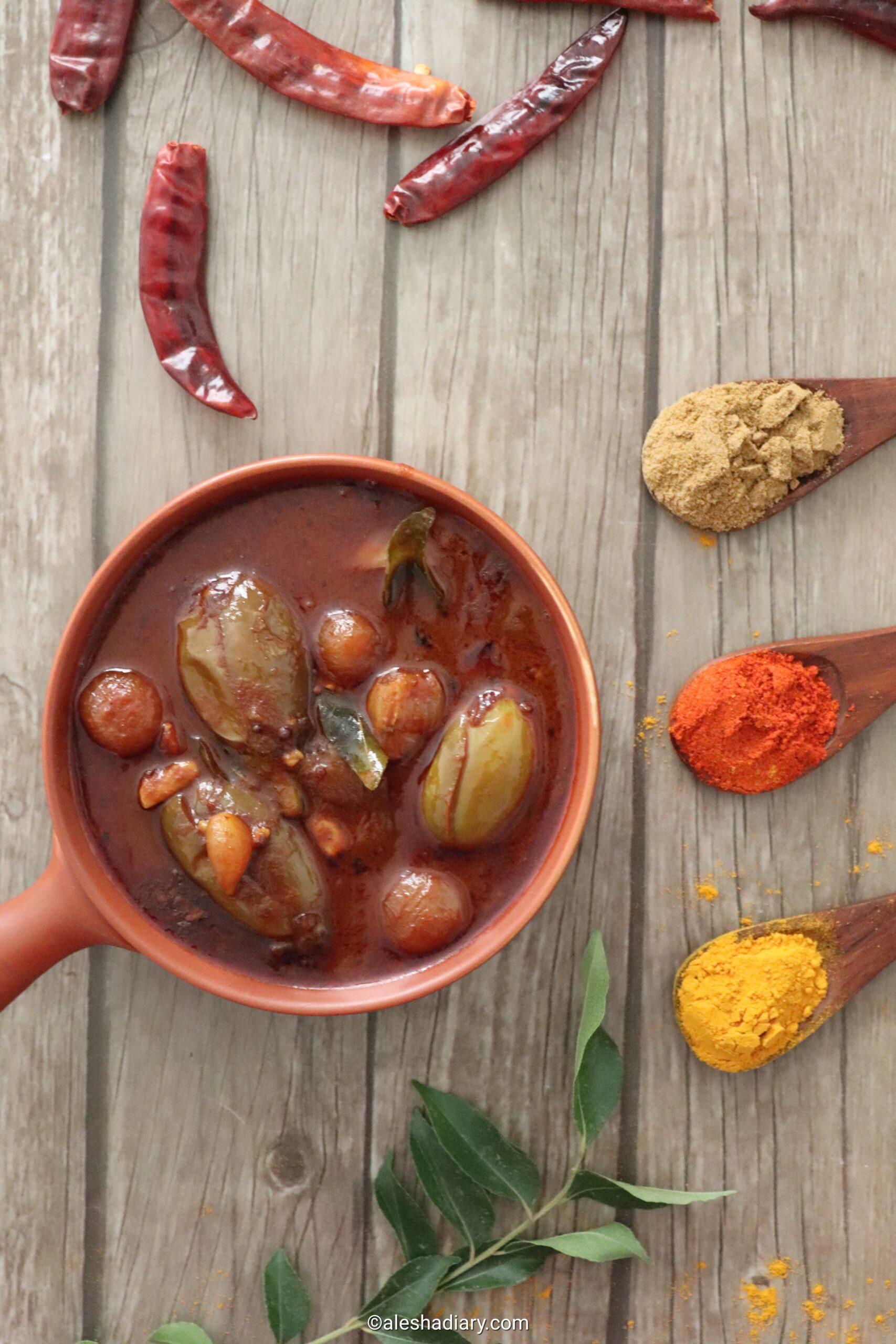 Kathrikai Kara Kuzhambu – Simple Brinjal curry