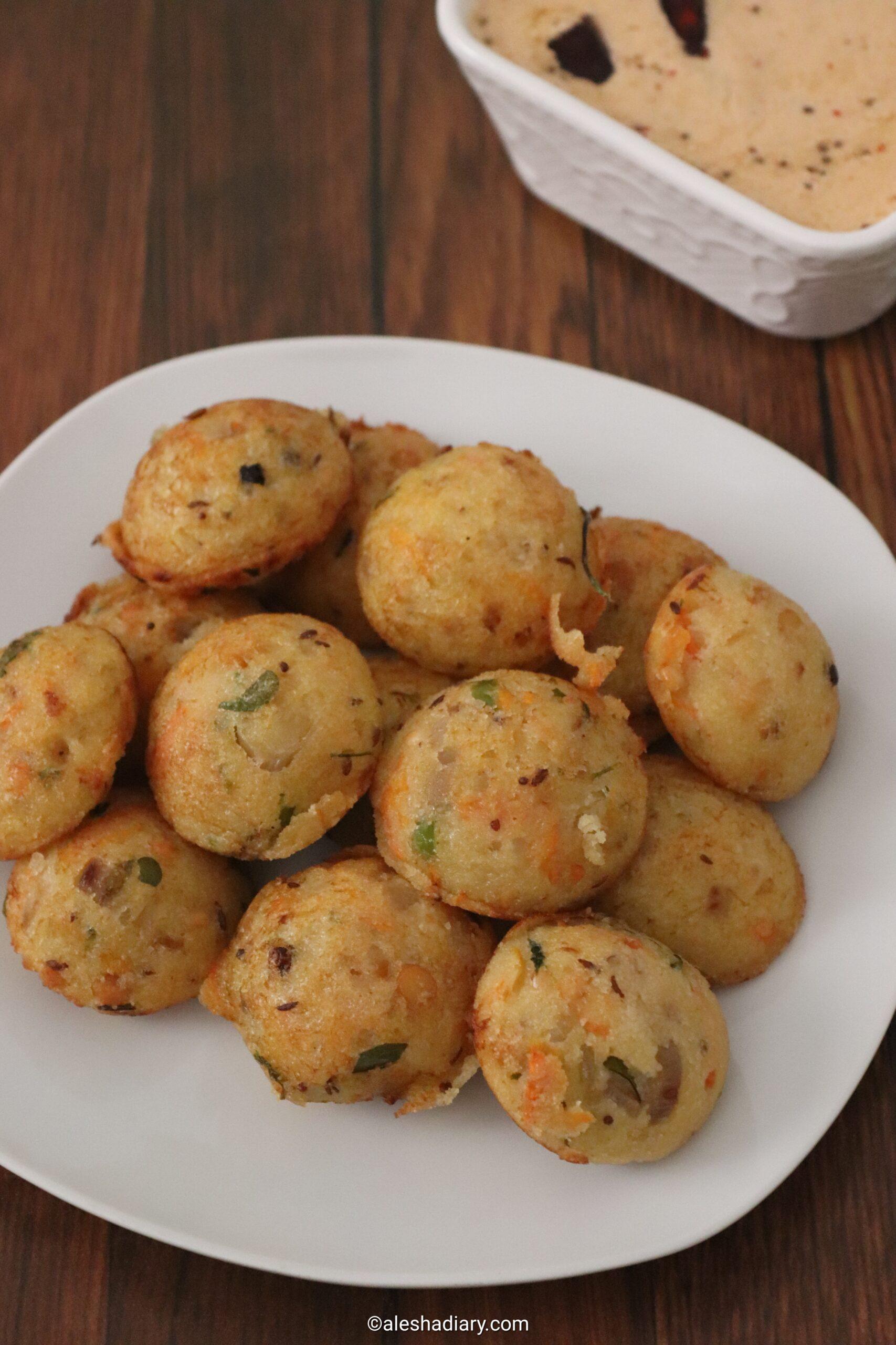 Rava kara kuzhi paniyaram – Instant Sooji paniyaram – Easy breakfast