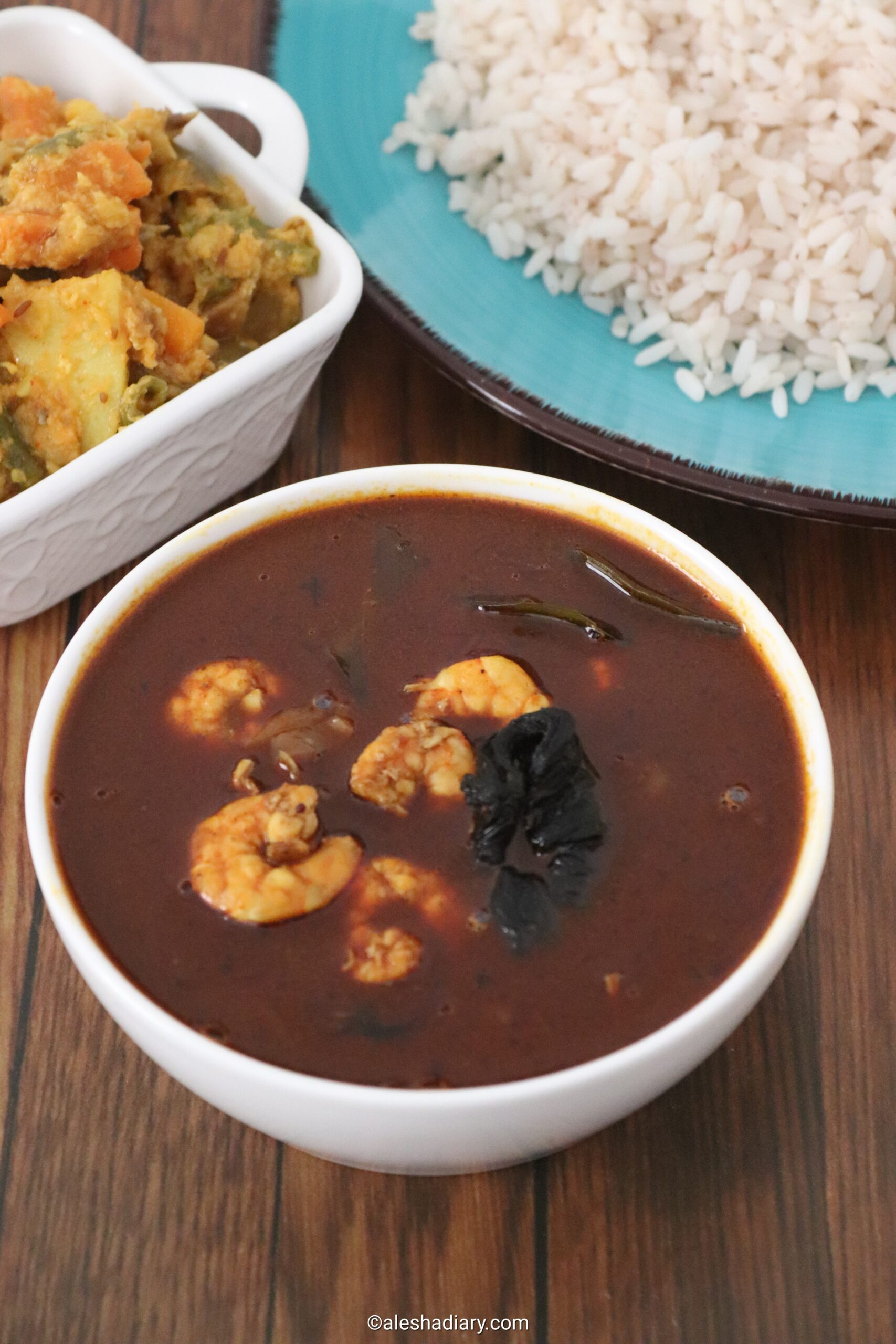 Chemmeen Theeyal – Eral theeyal – Prawn curry with Roasted coconut and spices