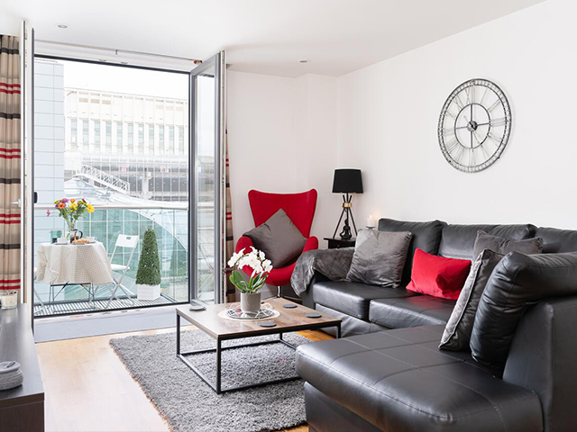 Serviced Apartment cardiff