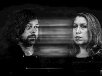 Album Review: Fool's Ghost - Dark Woven Light