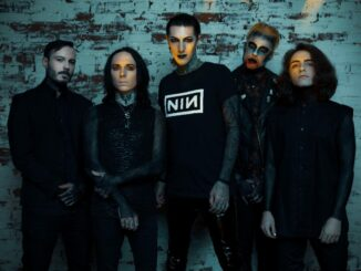 Motionless In White Cover The Killers 'Somebody Told Me'