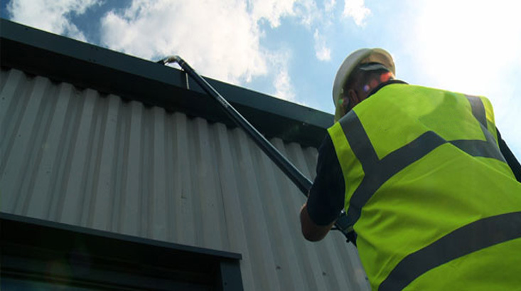 commercial gutter cleaning derby