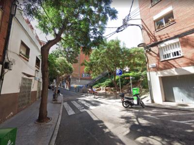 Calle Calderón de la Barca, 43