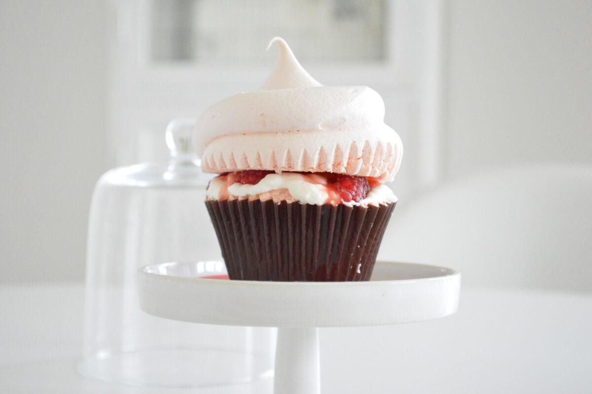 Cupcake alla Meringa Rosa e Lampone